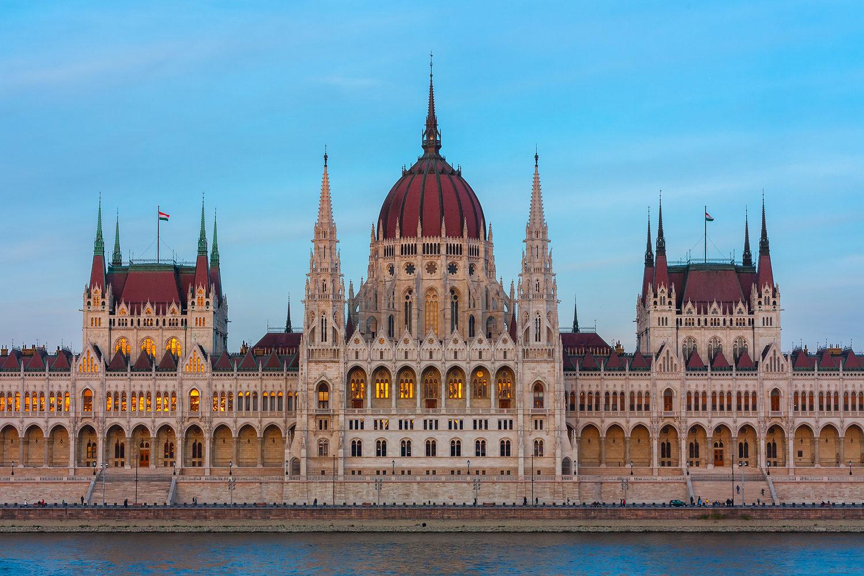 Budapest Parlament Orszaghaz | Jen tak | Roman Kozák